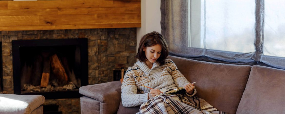 8 Tips to manage your energy bills this winter while staying warm